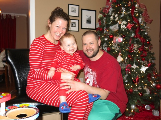 Christmas morning family pic.  Me and R have matching PJs!